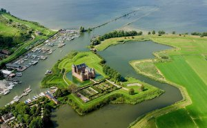 Muiden Fortress and Amsterdam Castle Muiderslot